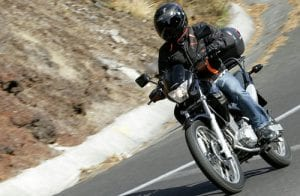 safe motorcyclist avoiding motorcycle accident injuries
